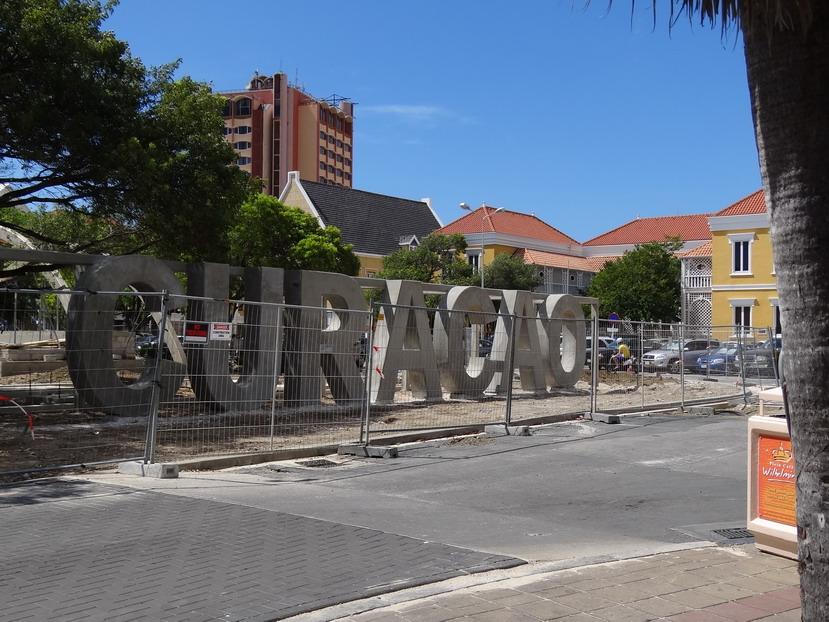 Curacao in aanbouw - Willemstad, Curacao - nov. 2012 - foto Aart G. Broek