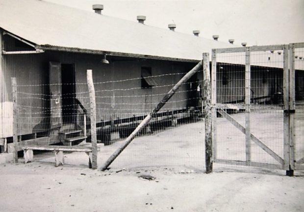Omheining van barakken -